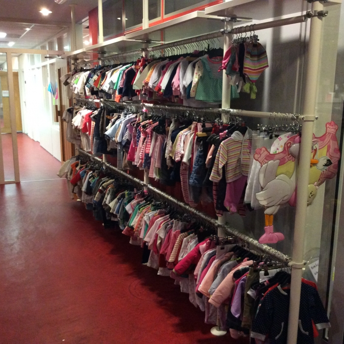 Kinderkleding Tweedehands.Partij Tweedehands Kinderkleding Meer Dan 4100 Stuks